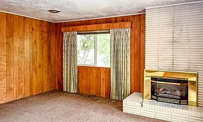 Living Room, 451 N 300 E, 2