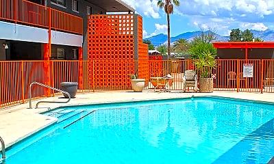 Pool, Vista de Catalina, 0