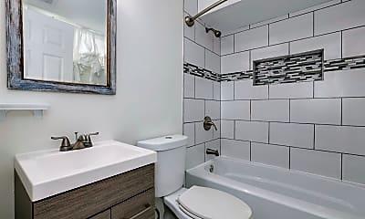 Bathroom, 3103 E St SE, 0