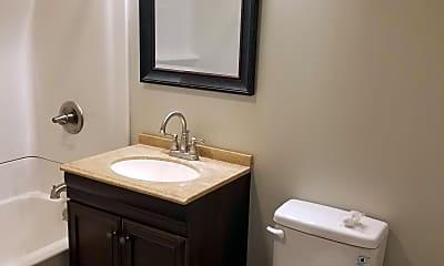 Bathroom, 1717 Walnut St, 2