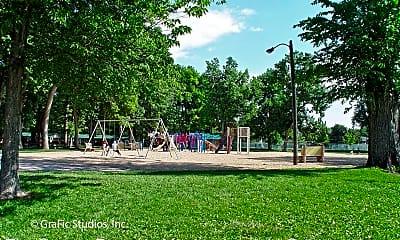 Playground, 1218 W Oak St, 2