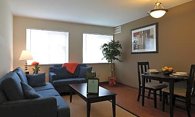 Living Room, Greenwillow Manor Apartments, 1