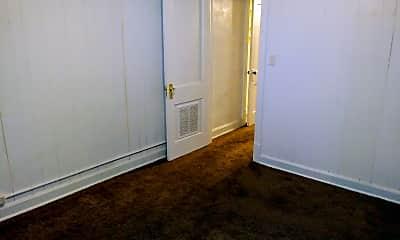 Living Room, 1808 E 35th St, 2