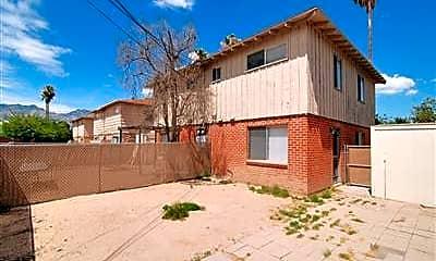 Building, 2811 N Craycroft Rd, 2