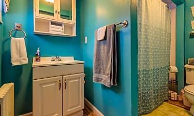 Bathroom, 31 Atlantic Ave 1E, 2