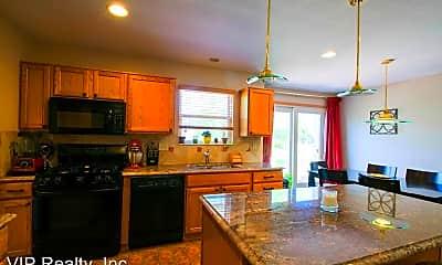 Kitchen, 2090 Parklawn Drive, 1