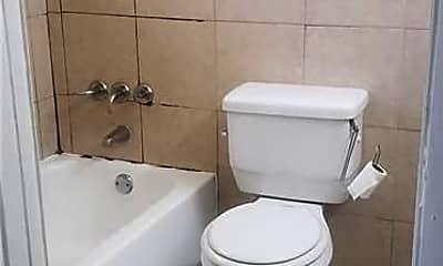 Bathroom, 340 SW 16th Ct 2, 2