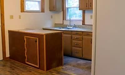 Bathroom, 118 Wengler Ave, 1