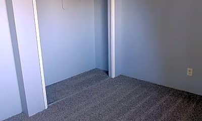 Bedroom, 323 S 40th Pl, 2