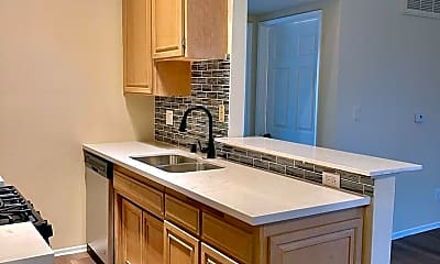 Kitchen, 14309 Sylvan St, 2