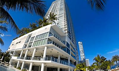 Building, 2900 NE Miami Pl, 0