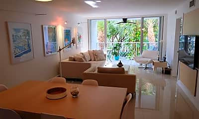 Living Room, 611 E Woolbright Rd 203, 0