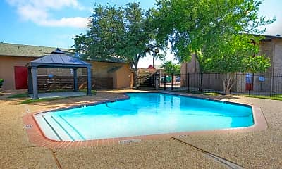 Pool, Village East, 0