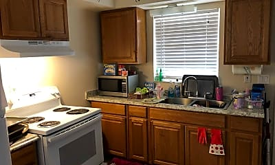 Kitchen, 5828 Gulf Dr, 1