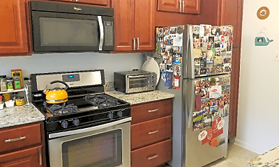 Kitchen, 10650 Weymouth St, 1