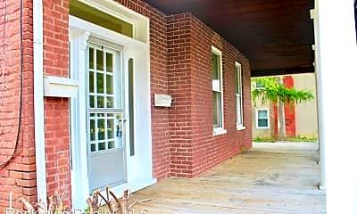 Patio / Deck, 316 N High St, 1