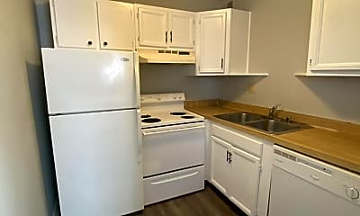 Kitchen, 3772 Camelot Dr, 1