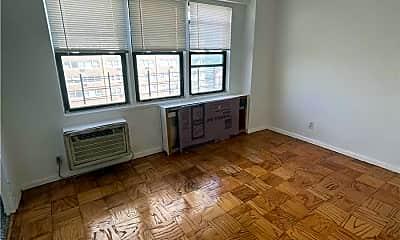Living Room, 42-55 Colden St 8K, 0