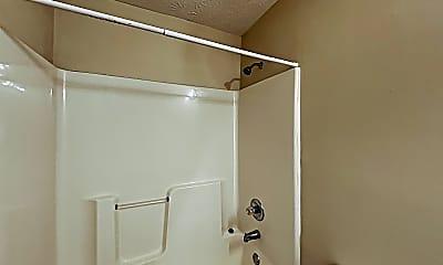 Bathroom, 1317 Vicksburg Crossing, 2
