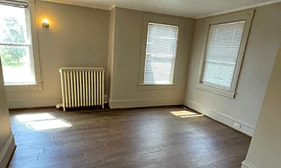 Living Room, 909 5th Ave, 2