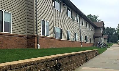 Sutton Place Apartments, 2