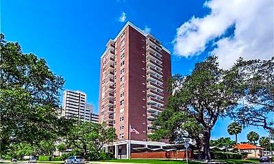 Building, 4015 Bayshore Blvd 3A, 0