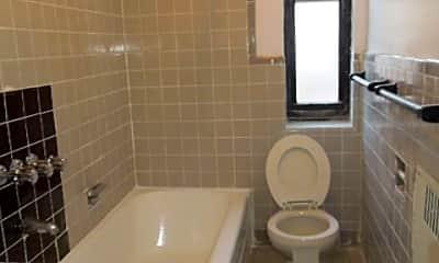 Bathroom, 919 Park Pl, 2