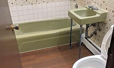 Bathroom, 3432 Harrison Ave, 2