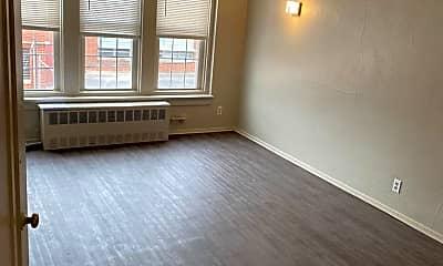 Living Room, 1003 Pierce St, 1