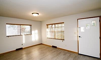 Living Room, 1406 W Main St, 1