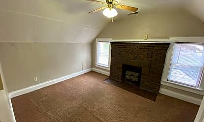 Living Room, 236 E 18th Ave, 2