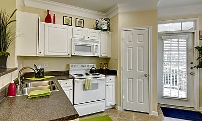 Kitchen, The Hamptons at Woodland Pointe, 1