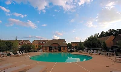 Pool, 2132 Greencrest Cir, 2