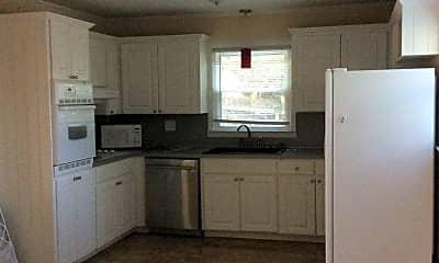 Kitchen, 645 Greenbriar Avenue, 1
