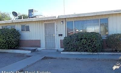 Building, 1340 E Elm St, 0