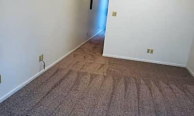 Bedroom, 321 Poyntz Ave, 2