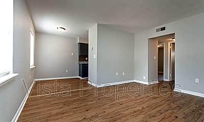 Living Room, 4910 Saddlebrook Ln, 0