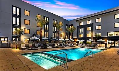 Pool, 240 W Osborn Rd 3047, 2