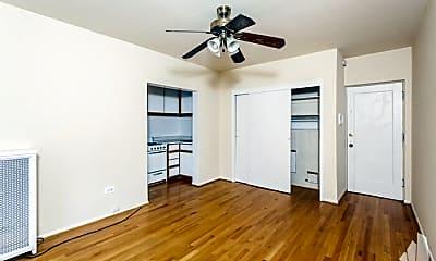 Bedroom, 633 W Deming Pl, 1