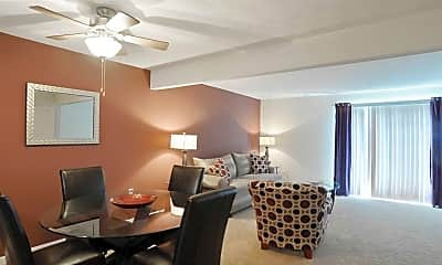 Living Room, Crabtree Crossing Apartments and Townhomes, 1