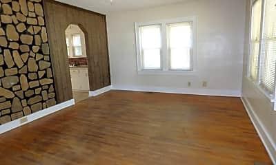 Bedroom, 2111 S Waco Ave, 1