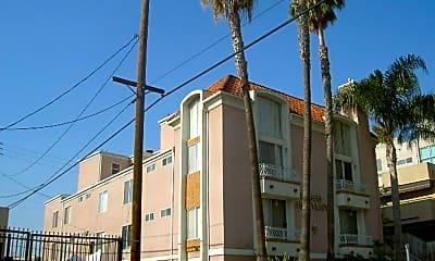 Building, 2355 S Bentley Ave, 0
