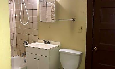 Bathroom, 3367 N 3rd St, 2