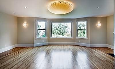 Living Room, 2740 Union St, 1