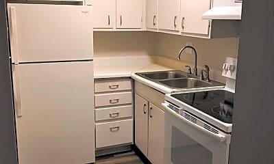 Kitchen, 807 S Randolph St, 1