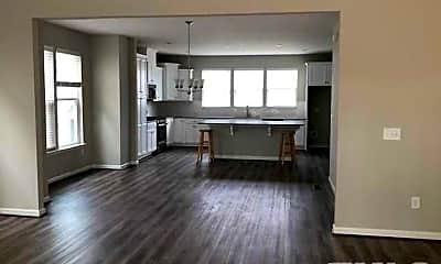 Living Room, 1055 Lathrop Ln, 1