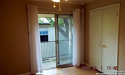 Patio / Deck, 8702 Village Dr 811, 2