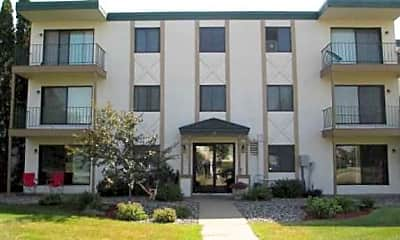 Pineview Apartments, 0