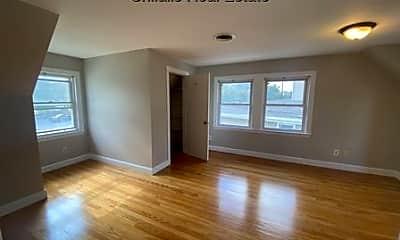 Living Room, 425 Trapelo Rd, 1