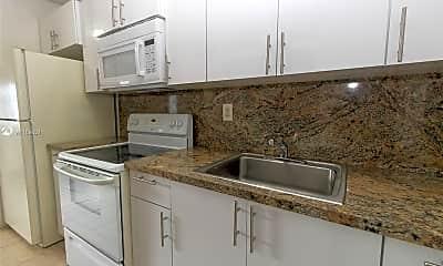 Kitchen, 2435 Van Buren St 5A, 1